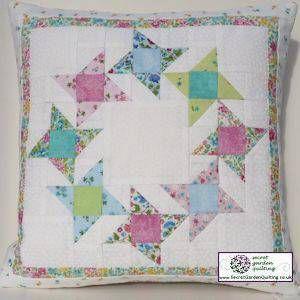 Friendship Circle Cushion Pattern By Secret Garden Quilting